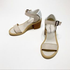 Kelsi Dagger | Stacked Heel Sandal Leather | 5.5
